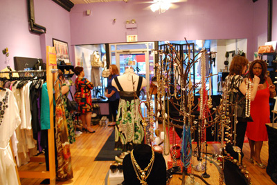 The Swap Shop in Glen Ellyn - photo by Massupdater.com