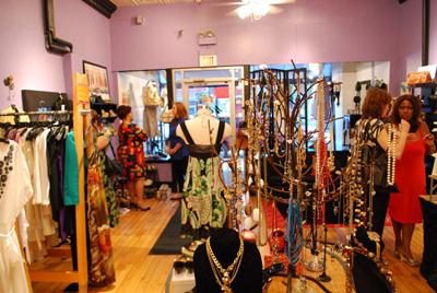 The Swap Shop in Glen Ellyn - photo by Massupdater.com