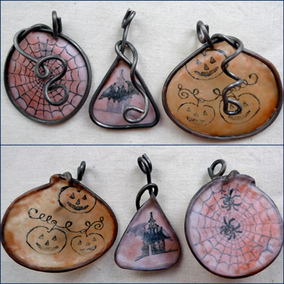 HalloweenyPendants
