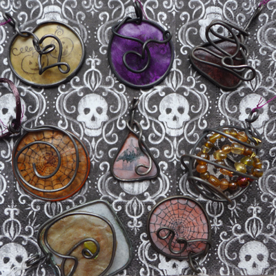 halloweenpendants