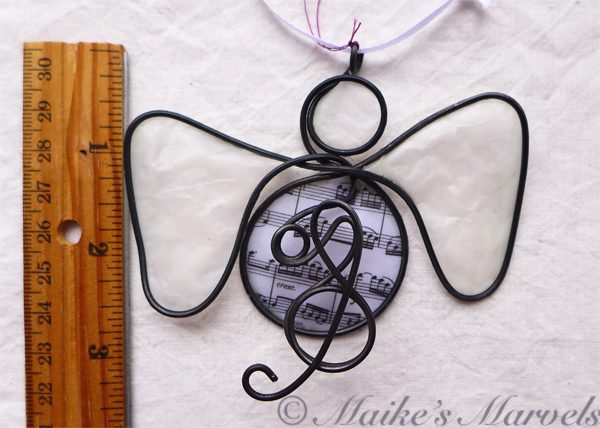 Musical Angel ornament by Maike's Marvels
