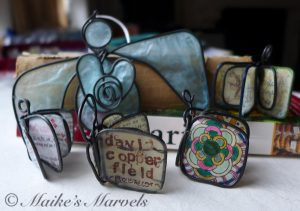 Wire books by Maike's Marvels