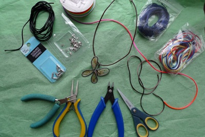 necklacemaking