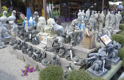 gardenfigurines