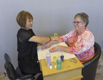 HandPampering